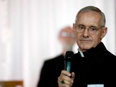 Conférence donnée par le cardinal Jean-Louis Tauran, le 15 septembre 2014, à Versailles. Originaire de Bordeaux, le cardinal Jean-Louis Tauran était alors président du Conseil pontifical pour le dialogue inter-religieux.