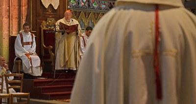 Au début de la messe chrismale du Lundi saint 26 mars 2018, Mgr Jean-Pierre Ricard a présenté Mgr Le Vert, nouvellement nommé évêque auxiliaire de Bordeaux par le pape François.