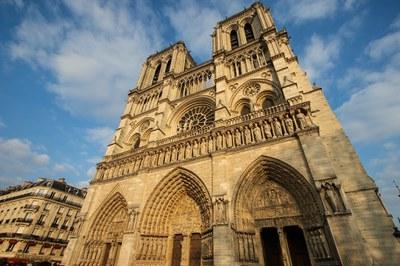 Retrouvez les informations et déclarations liées à l'incendie de Notre-Dame de Paris, le lundi 15 avril 2019, sur le site de l'Église catholique en France.