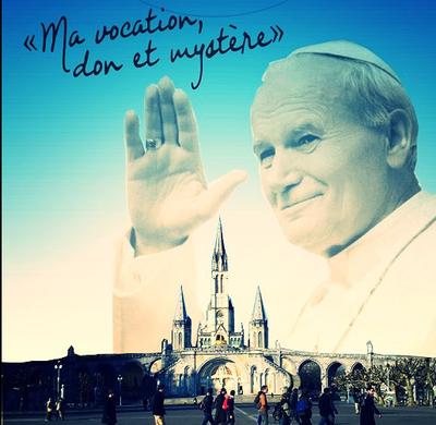 Pour être aider et ne pas être seul dans son discernement, le diocèse de Bordeaux propose pour les jeunes hommes (18-35 ans) un parcours de discernement : le cycle saint Jean-Paul II.